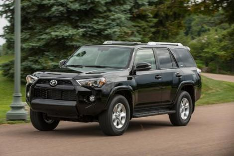 2014_Toyota_4Runner_SR5_012_51085_2524_low